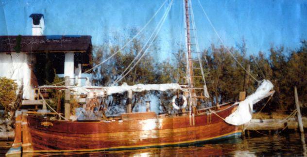 Vendo barca d'epoca del 1913