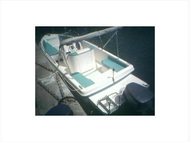 Barca a motore barca squalo j. anno2000 lunghezza mt7