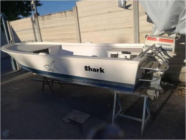 Barca a motore lancia vtr puntalicosa anno2000 lunghezza mt5