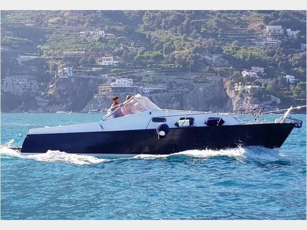 Barca a motore7 mari day cruiser anno1974 lunghezza mt9