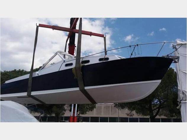 Barca a motoreab yachts day cruiser anno1974 lunghezza mt9