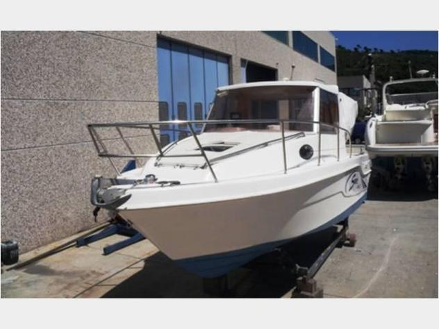 Barca a motoresaver saver 23 fisher anno2003 lunghezza mt7