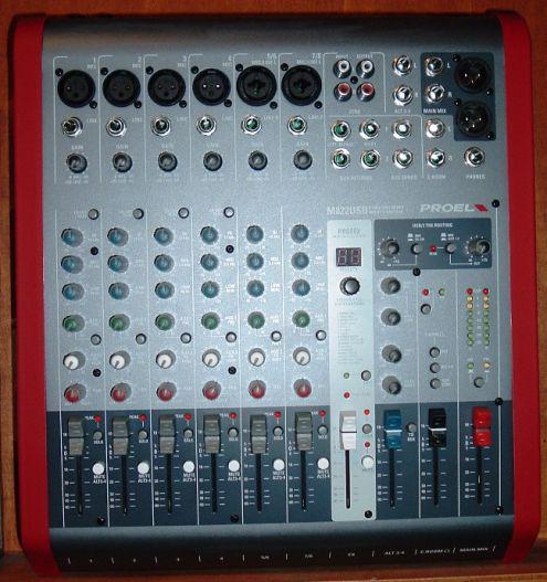 Mixer proel m822 usb utilizzato in 3 noleggi come nuovo