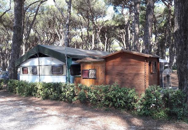 Roulotte in piazzola camping isola verde