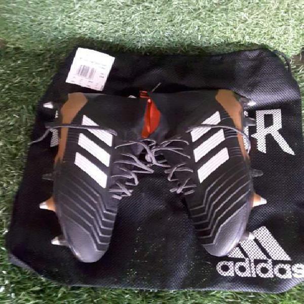 Adidas predator sg 【 ANNUNCI Gennaio 】 | Clasf