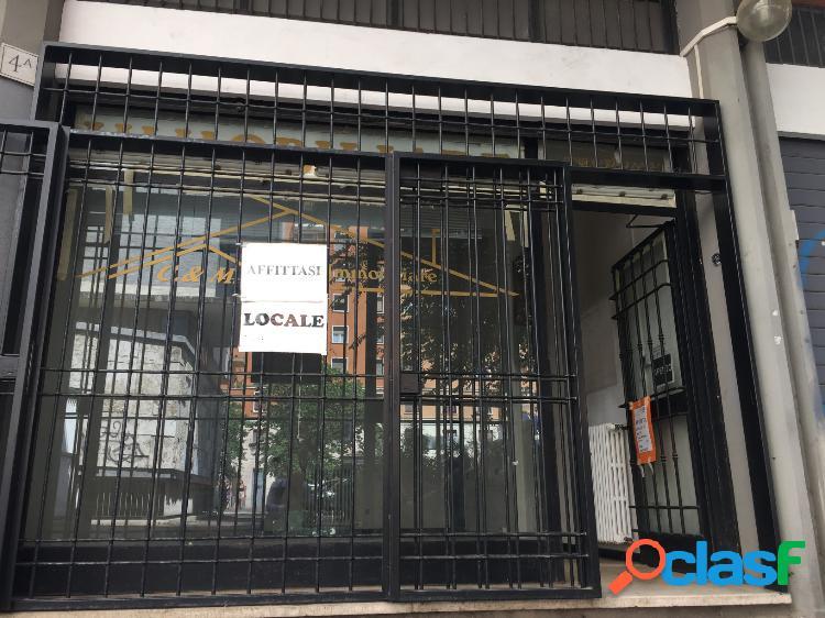 Monteverde vecchio - negozio 2 locali € 1.600 na216