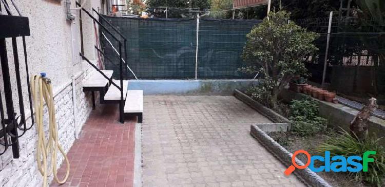 Pietra ligure trilocale ristrutturato con giardino