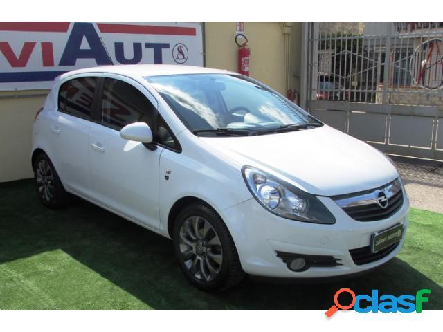 Opel corsa benzina in vendita a casoria (napoli)