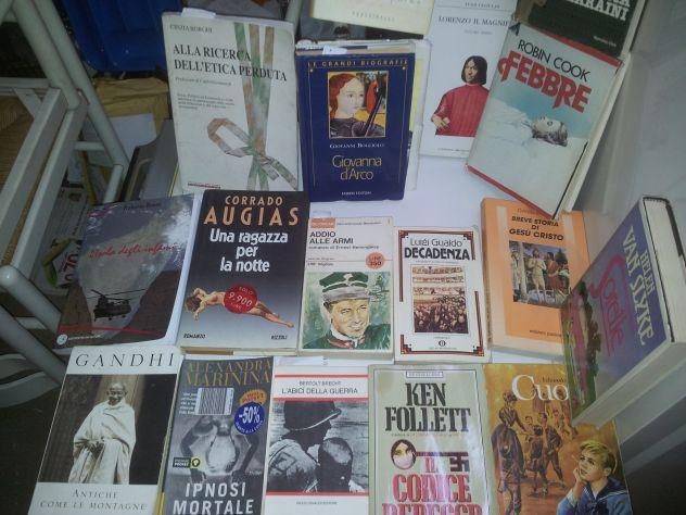 Libri di pregio, dizionari di inglese, romanzi e libri