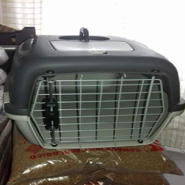 Trasportino cani e gatti anche per aereo (art. 11)
