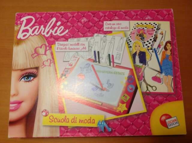 Barbie scuola di moda lisciani giochi tavolo luminoso