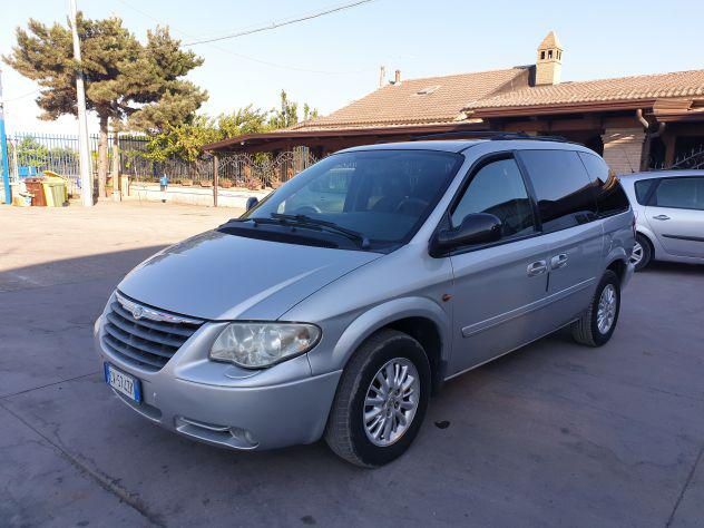 Chrysler voyager 2.8 crd lx diesel,automatico 7 posti.