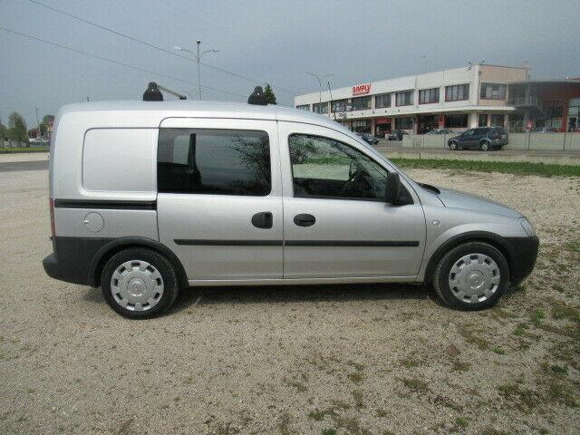 Opel combo 1.6 metano/benzina