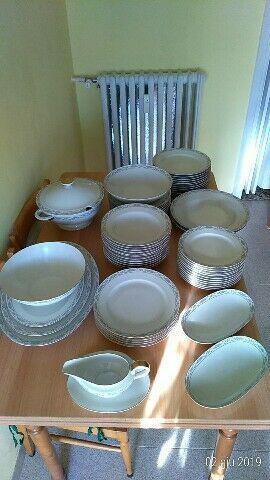 Servizio completo piatti in porcellana