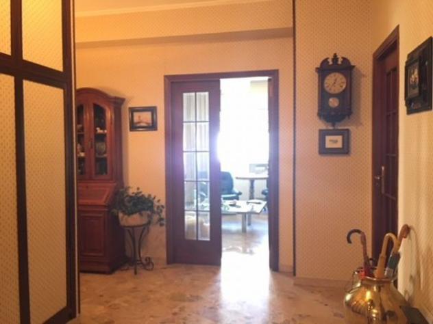 Appartamento di 165 m² con 5 locali in vendita a palermo