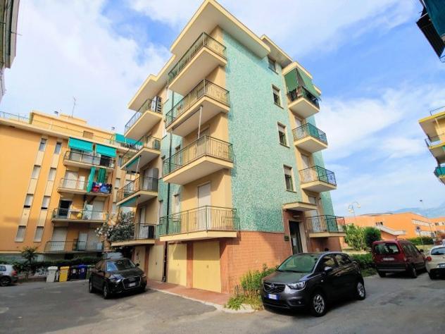 Appartamento di 30 m² con 1 locale in vendita a borghetto