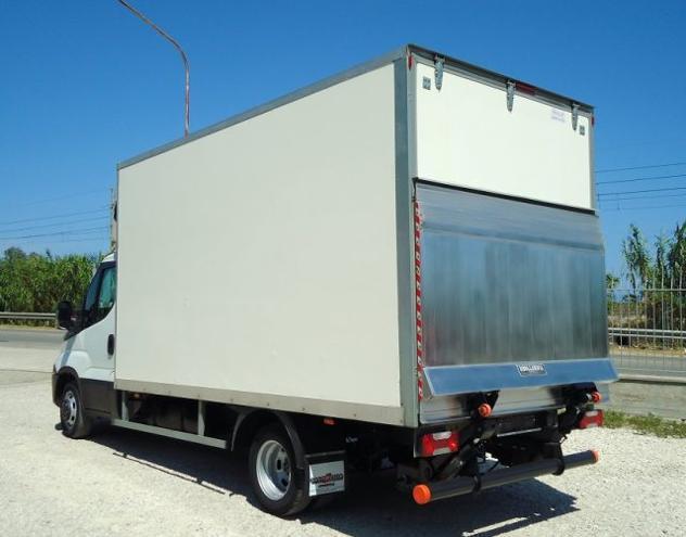 Iveco daily 35c15 euro 5 furgone da 4,30m + pedana rif.