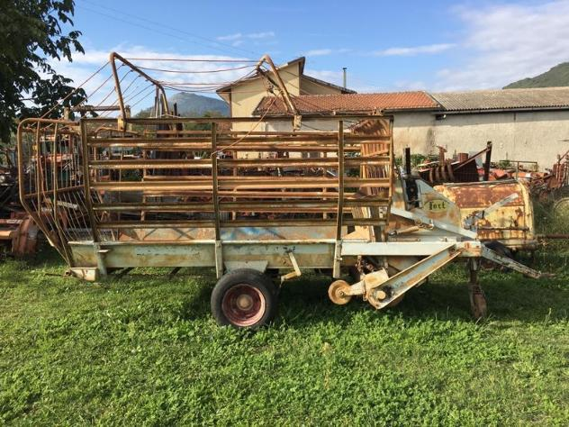 Macchine agricole ABG Mini autocaricante FORT
