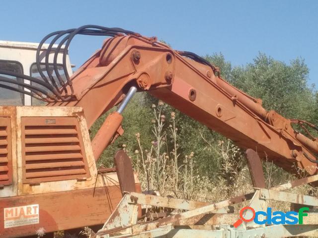 Altro escavatore pmi 700 in vendita a accettura (matera)
