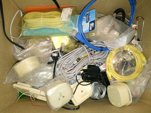 Cavi, prese, spine, accessori, telefoni, accessori
