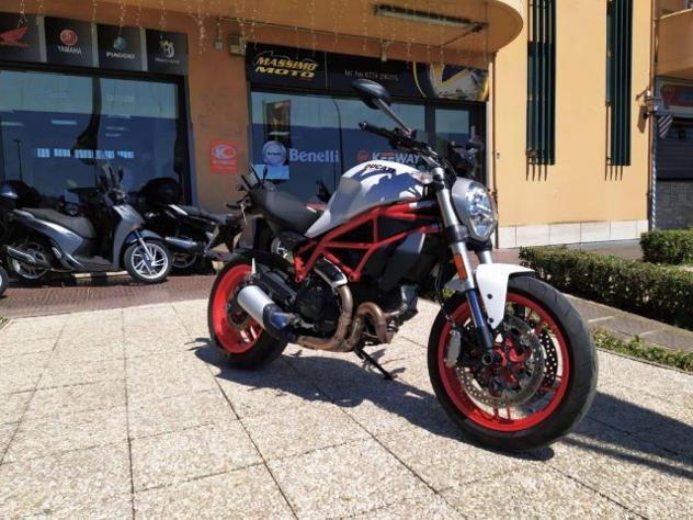 Ducati monster 797 passaggio garanzia e tagliando inclusi