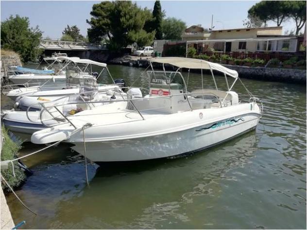 Barca a motorecapelli 23 open anno2001 lunghezza mt6