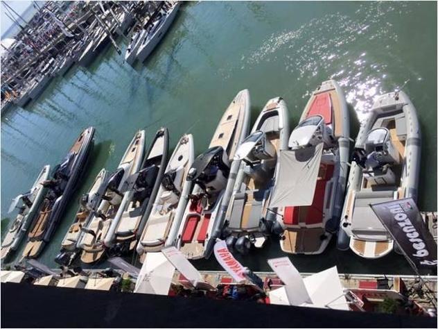 Barca a motorejoker boats gommoni usati privati na anno2010