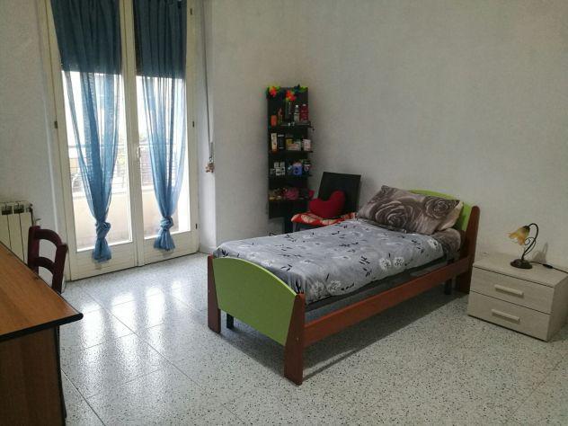 Camera per studenti in appartamento a due passi
