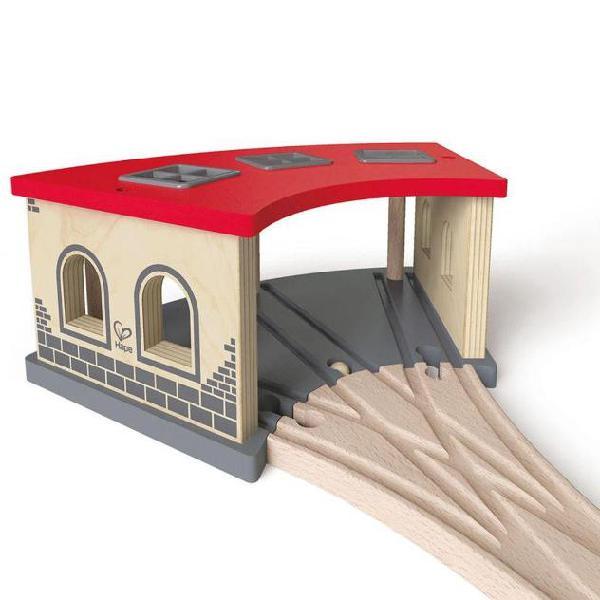 Hape Deposito treni in legno E3704