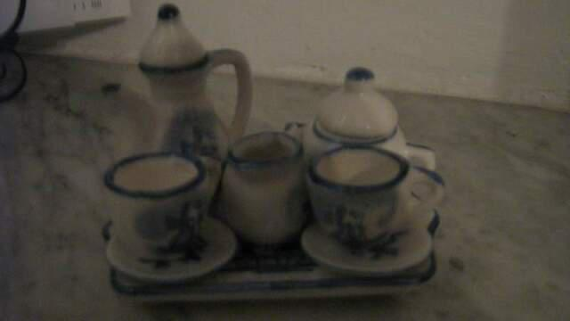 Servizio da tè in miniatura