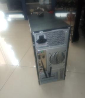 Computer fisso mid tower nero comacchio