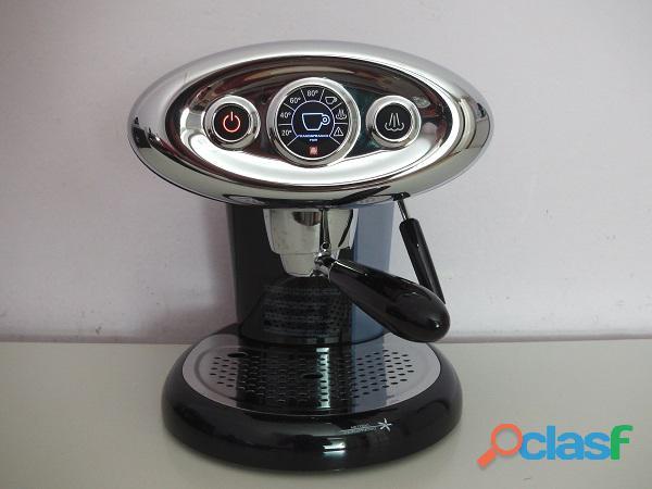 Macchina caffe' espresso illy x7.1