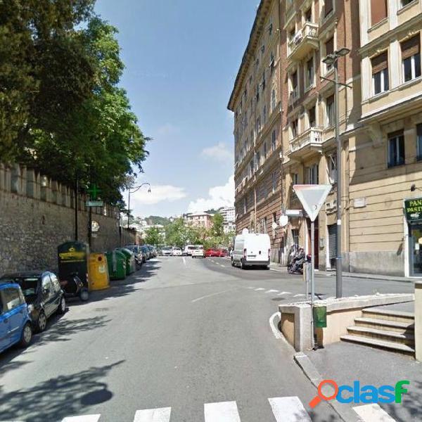 Centro città - appartamento 6 locali € 230.000 a601