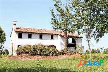 Villa al grezzo di 250mq con 3600 di terreno