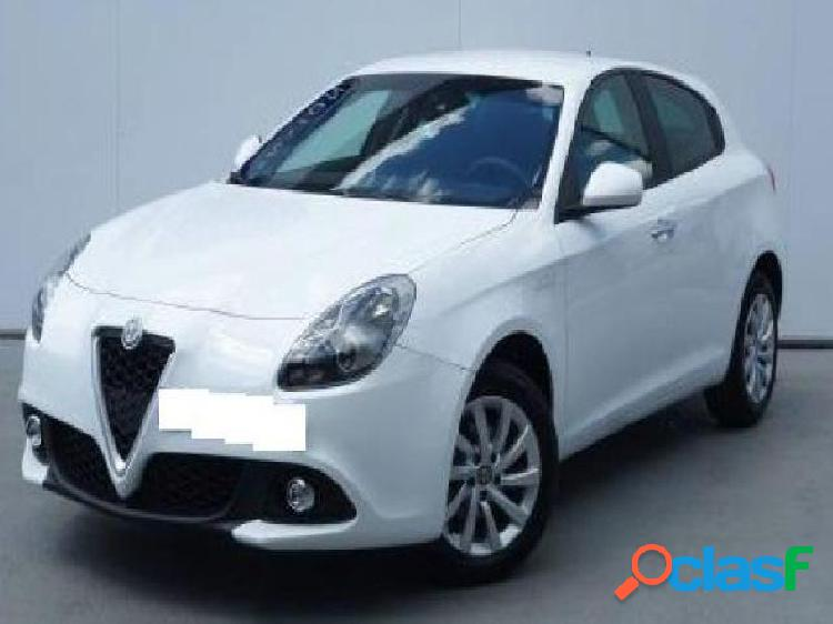 Alfa romeo giulietta diesel in vendita a giugliano in campania (napoli)