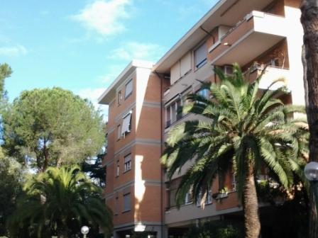 Appartamento in vendita mq 130, roma, via della pisana 193