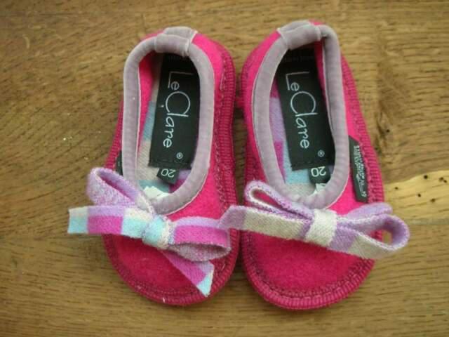 Taglia 20 pantofole nuove bebe'