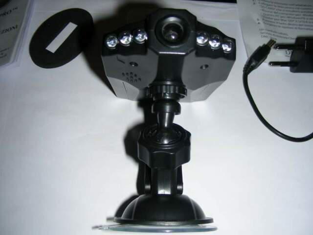 Telecamera di sorveglianza a domicilio Lampadina IP Wi-Fi con lampada LED Fish-Eye panoramica 960p HD