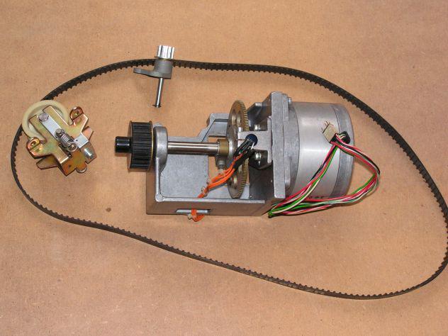 Motori passo-passo usati assortiti