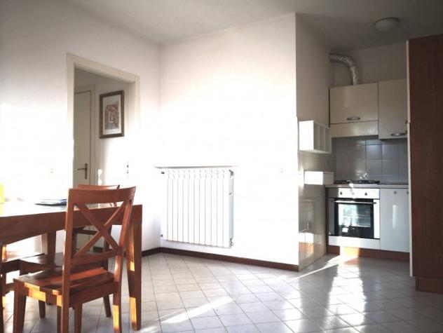 Appartamento di 75 m² con 3 locali e box auto in affitto a