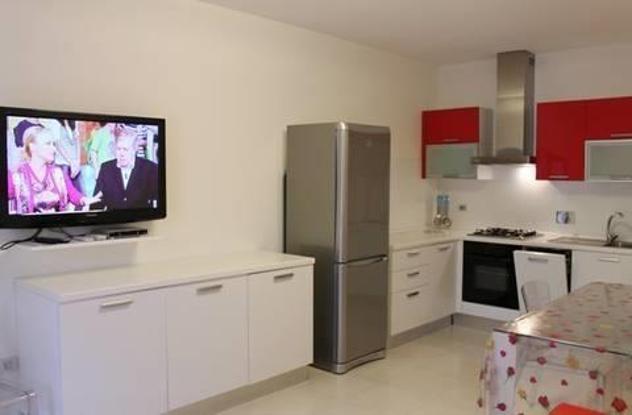 Appartamento in affitto a castagneto carducci 55 mq rif: