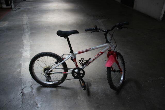Bicicletta Ibrida Decathlon