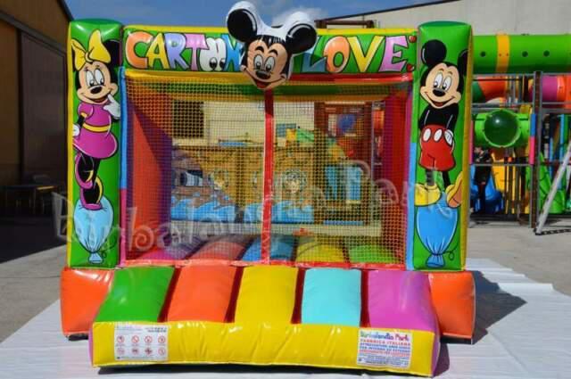 Giochi gonfiabili- playground- tappeto elastico-vasca