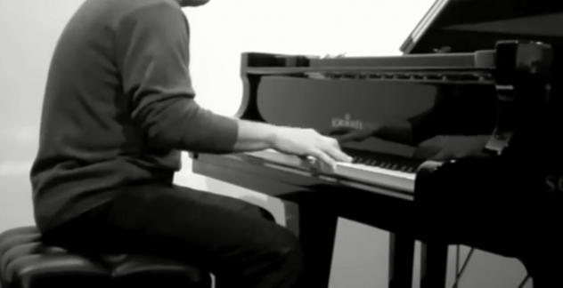 Maestro laureato e concertista per lezioni di pianoforte