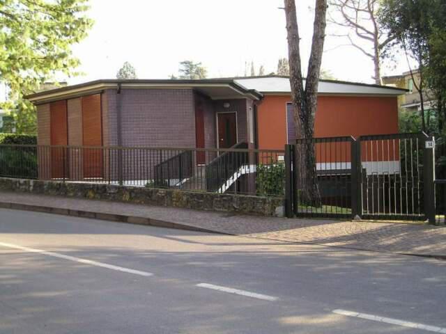 Villa singola in via roma gardone riviera centro