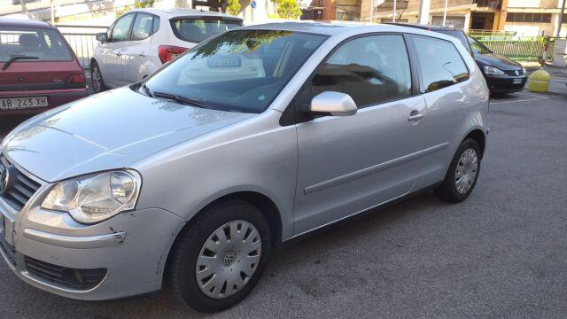 Volkswagen polo 1.4 benzina neopatentati ok prezzo