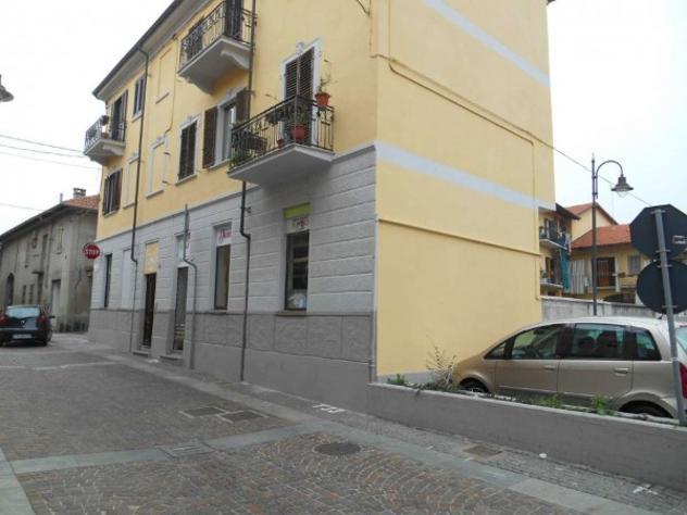 Box / garage di 16 m² con 1 locale e box auto in vendita a