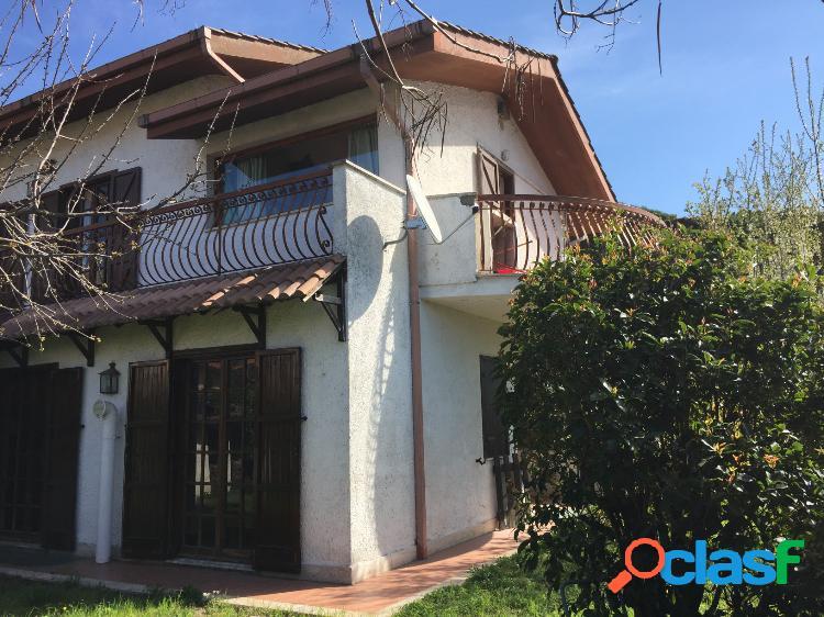 Grottaferrata - appartamento 5 locali € 390.000 t515
