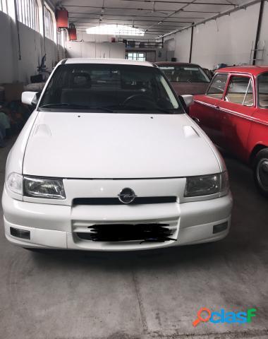 Opel astra benzina in vendita a milano (milano)