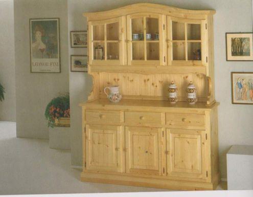 Arredamenti rustici in legno a prezzo di fabbrica: credenze